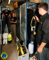 29082012_scuba-shop__mg_med